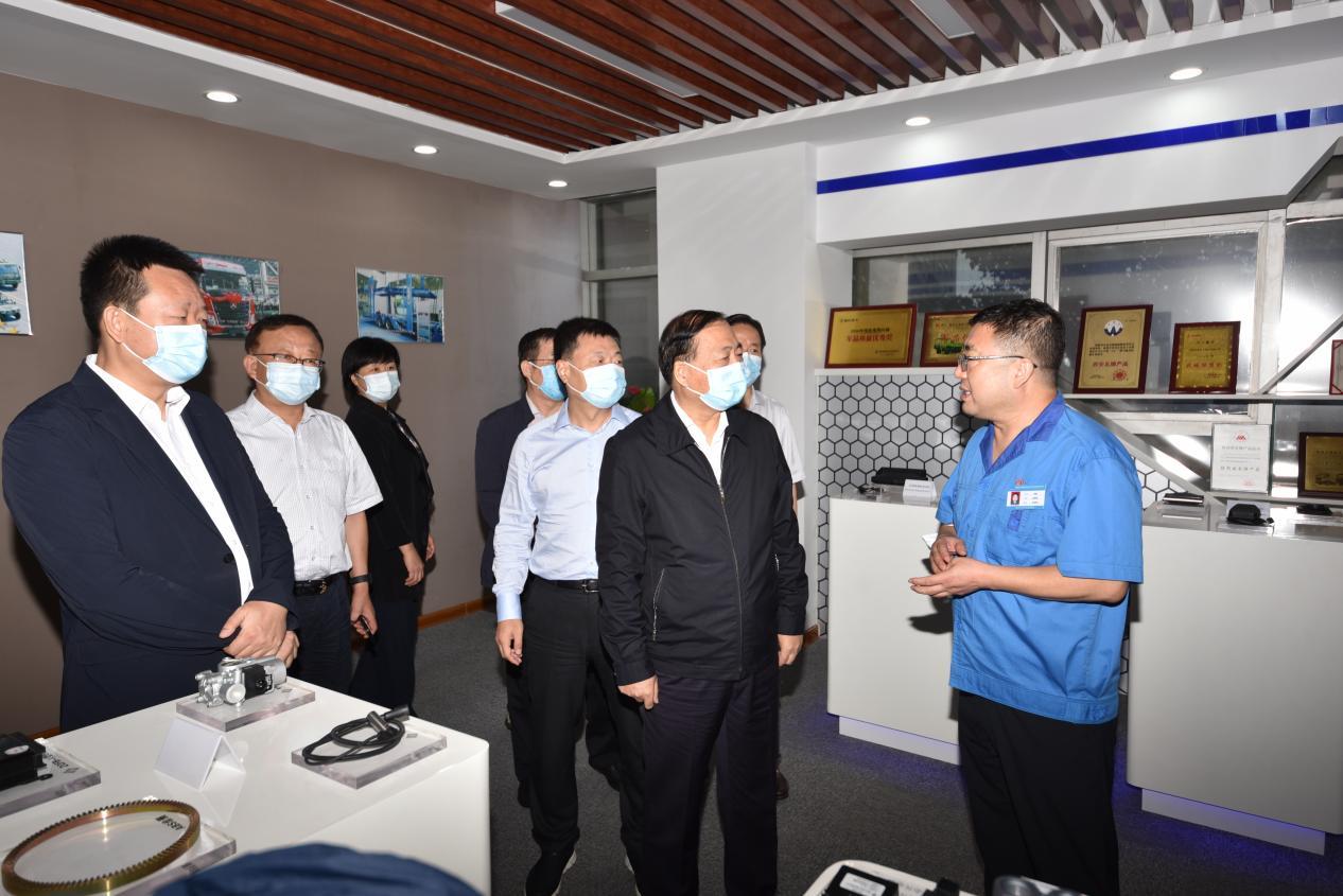 保增长 促提升 省人大副主任姜锋到正昌电子调研